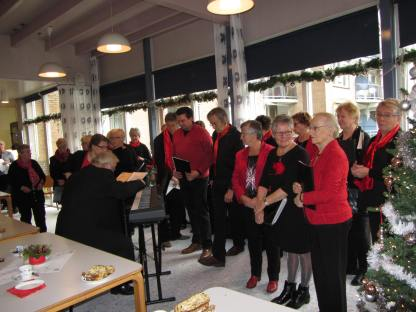 Zonnebloem kerstmiddag met The Jolly Singers (16)