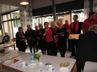 Zonnebloem kerstmiddag met The Jolly Singers (17)